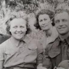 1940s the Flecknell Family Houghton Regis