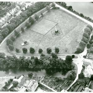 Castle Green and Duck Pond, Hereford, aerial view, 1929