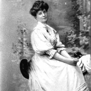 G36-549-03 Copy of photograph of a lady.jpg