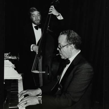 Len Skeat and Bobby Tucker (right)