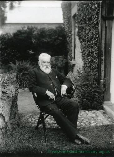 G36-002-04 Old bearded man seated outside Field Farm house Hampton Bishop.jpg