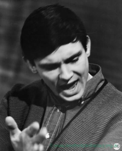 079 - Gene Pitney singing