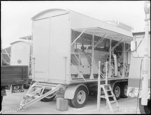 175KW Crossley mobile alternator set