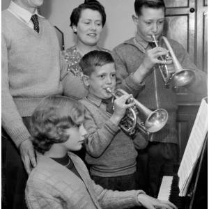 Clements family musical group