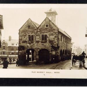 RGE039 - Old Market Hall, Ross, the Market House, 1916.jpg
