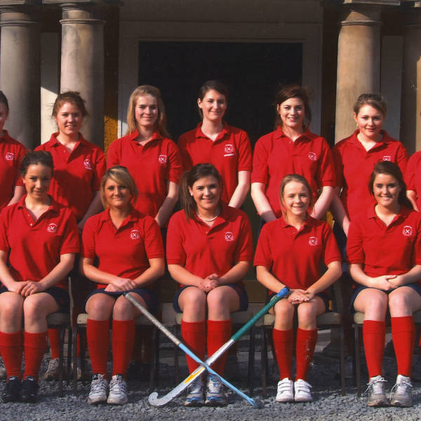 Girls-Hockey_2009_4th-XI.jpg