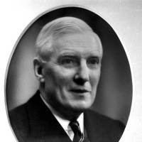 1964 Vice-Admiral Sir Frank Trowbridge Mason