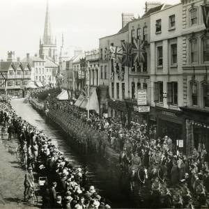 Military procession in High Town, Hereford, 1918