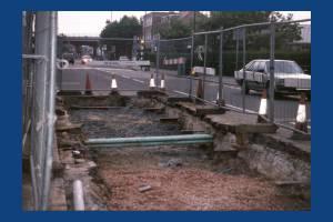 Burlington Road, West Barnes: Laying new water mains