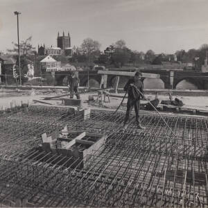 Construction of Greyfriars Bridge, Hereford, 1960s.