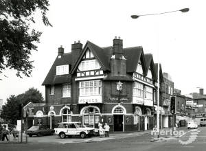 Kings Arms, Upper Green