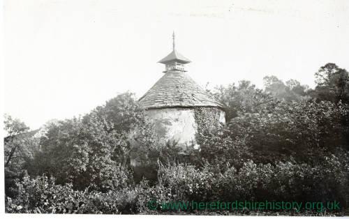 Thornbury, Netherwood, Pigeon House
