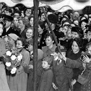 Queen Elizabeth II meets crowds