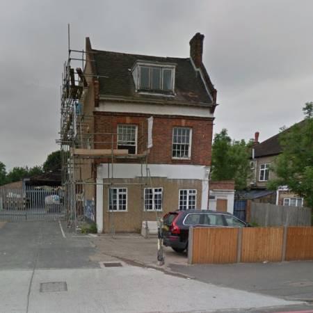 North Lodge - London Road