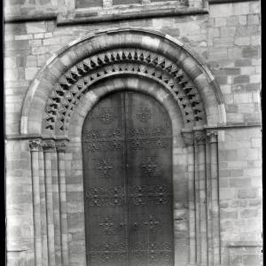 Ledbury Church, west door, 1935