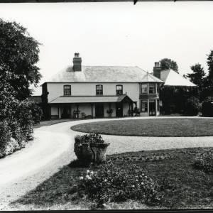 G36-002-06 Front elevation across lawn Field Farm House Hampton Bishop.jpg