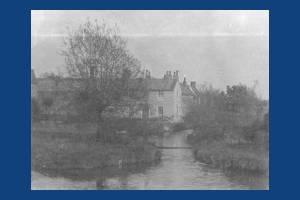 London Road, Mitcham: 475-479 Fisheries Cottages