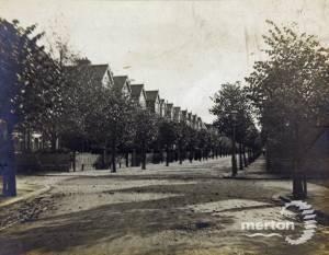 Merton Hall Road, Wimbledon, looking south