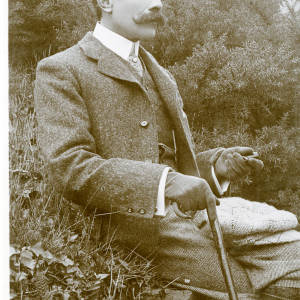 Dr Elgar (Rotary photo).jpg