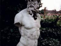 Morden Hall Park, Morden: Neptune Statue