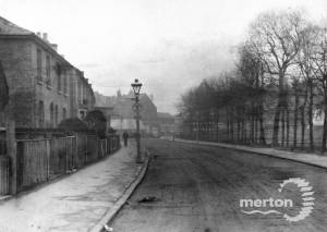 Russell Road, Wimbledon: Junction with Merton Road