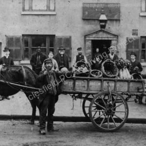 Joseph Hutchinson outside Old Cart & Horses.jpg