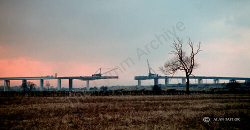 Construction of Thelwall Viaduct