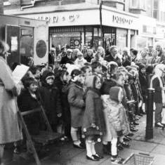Children's Christmas Choir, King Street.