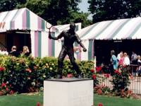 All England Lawn Tennis Club: Statue of Fred Perry
