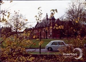 London Road, Mitcham: Vestry Hall