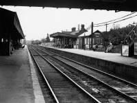 Platform at Wimbledon Station