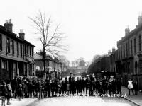Deburgh Road: Children in the street