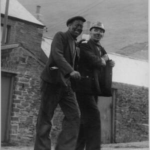 "629 - Two miners ""Pay packet in hand"""