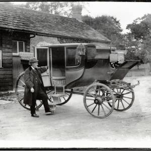 Arkwright Family Coach with C L Wallis, 1912