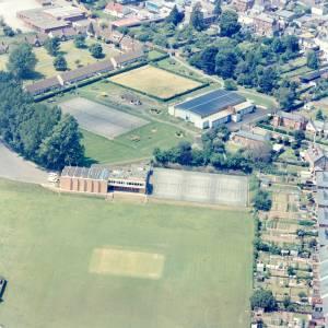 Li11508 Leominster Aerial Photo 1984.jpg