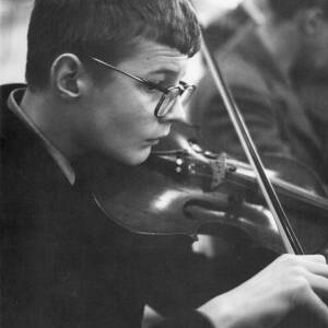 A young violin player.