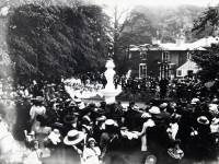 Wandle Park: Memorial Fountain: Unveiling Ceremony