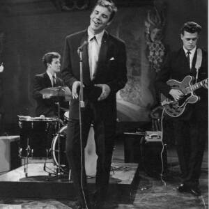 607 - Marty Wilde singing