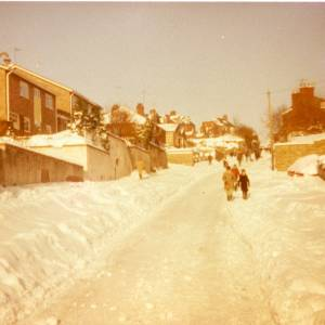 RGR024 - Brampton Street, Ross-on-Wye Snow Pictures from the 1980's.jpg