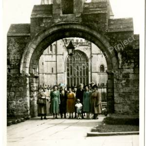 Grenoside Mothers Union Outing to Southwell Minster c 1949 2