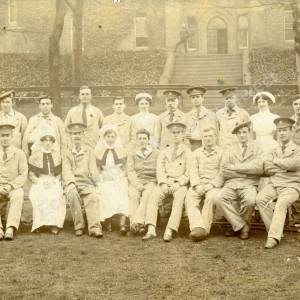 Wharncliffe Hospital patients and staff during the First World War