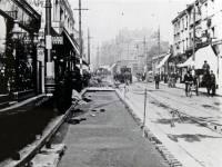 Wimbledon Hill Road: Laying tram track