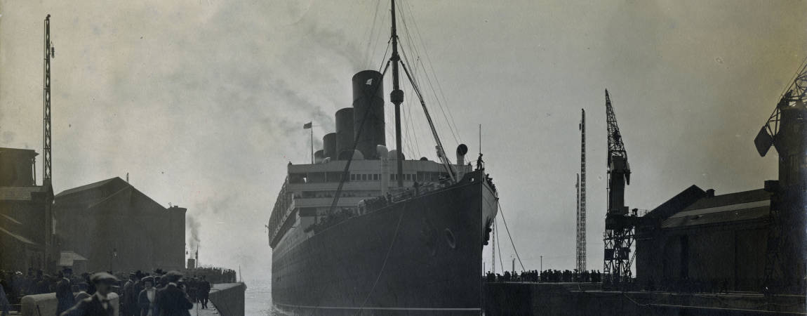 Aquitania at Gladsotne Dock Bootle