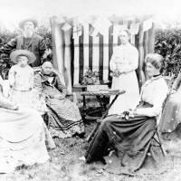 Blundell Family, Goreshill Farm