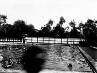 Open Air Baths, Wandle Park, Colliers Wood ( 1900-14 )