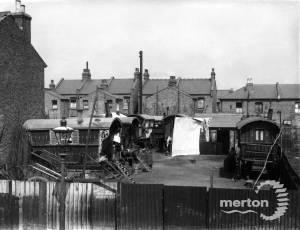 Deburgh Road, No.51, Wimbledon: Gypsy site