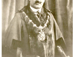 1920-1922, Sir George Holden, Mayor of Leigh