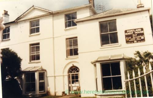 RG4095 - Portland Guesthouse, Whitchurch  October 30th 1986.jpg