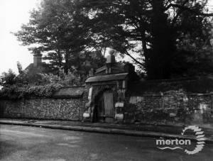 High Path, Merton