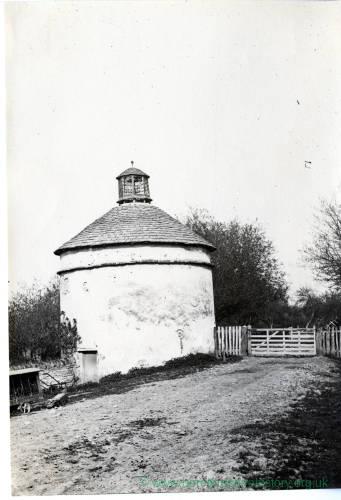 Tarrington, Aldersend, Pigeon House